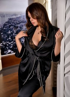 Janna - Transsexual escort in Moscow Photo 7 of 13