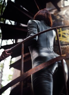 Jardena Mistress - dominatrix in Bratislava Photo 7 of 30