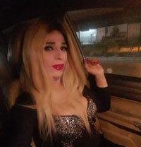 Jeni - Transsexual escort in Beirut