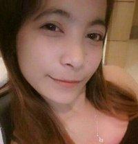 Jennie Lee - escort in Makati City