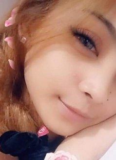 Jennie Lee - escort in Makati City Photo 3 of 5