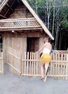 Jennylyn Rosali - escort in Makati City Photo 2 of 6