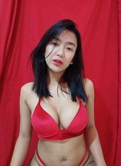 Jessy Tan (YourMorenaGirl) - Transsexual escort in Manila Photo 5 of 12