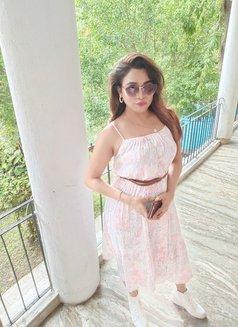 Jiya Roy - Transsexual escort in Kolkata Photo 13 of 16