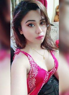 Jiya Roy - Transsexual escort in Kolkata Photo 11 of 16