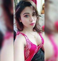 Jiya Roy - Transsexual escort in Mumbai