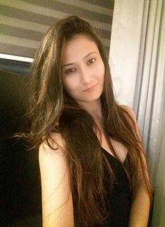 Jiya Singh - escort in Mumbai Photo 1 of 2
