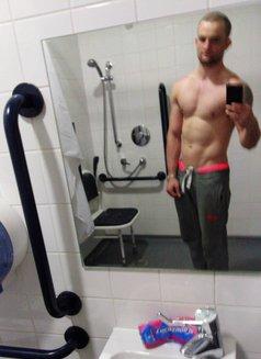 Josh - Male escort in Chelmsford Photo 5 of 6
