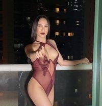 Joy big cock 7inches top. - Transsexual escort in Dubai Photo 11 of 13