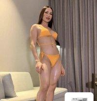 Joy big cock 7inches top. - Transsexual escort in Dubai
