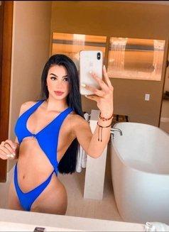 Julia - escort in Dubai Photo 7 of 8