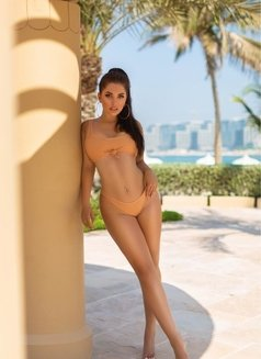 Julia Cover Girl - escort in Dubai Photo 1 of 8