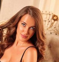 Julia - escort in Dubai