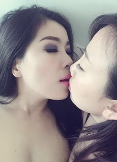 Julie 36EE A Level Real Lesbian Show - escort in Dubai Photo 5 of 9
