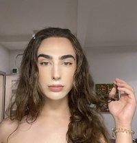 Kaietan Luxury S Class - Transsexual escort in Riyadh