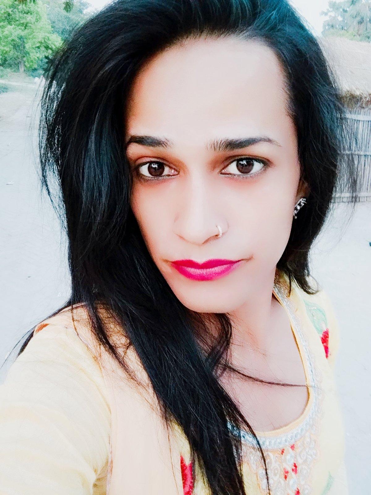 Kajalkhan, Indian Transsexual escort in New Delhi