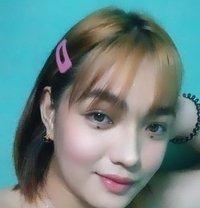 Kate - Transsexual escort in Manila