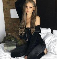 Kate Valentina - Transsexual companion in Doha