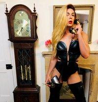 Katy Xxl - Transsexual escort in York
