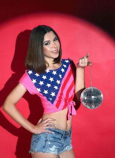 Katya - escort in Dubai Photo 2 of 6