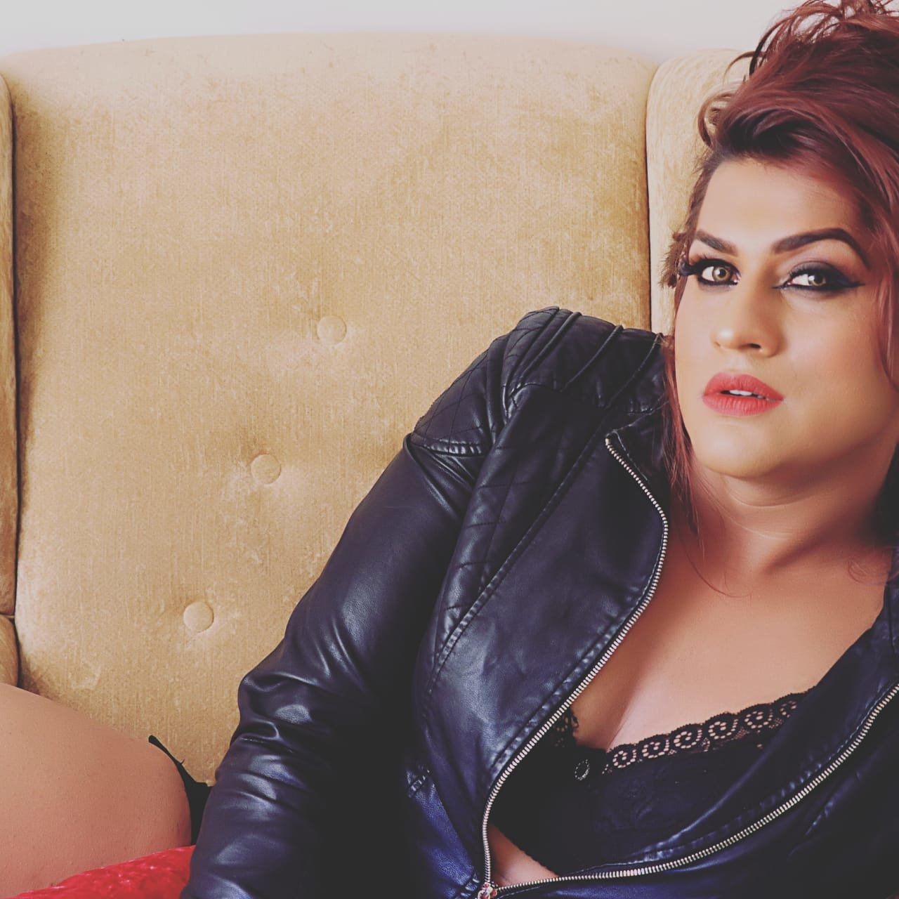 Bad Shemale kayya the shemale model, indian transsexual escort in ahmedabad