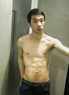Kei - Male escort in Hong Kong Photo 3 of 4