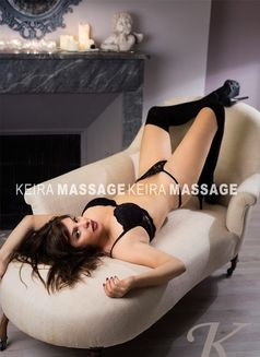 Keira - masseuse in Nice Photo 2 of 5