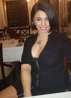KARINA - escort in Luxembourg Photo 2 of 8