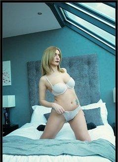 Klara - escort in London Photo 6 of 6
