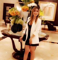 Konika Sharma Escorts in Mumbai - escort agency in Mumbai Photo 1 of 8