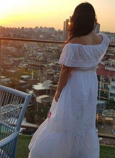 Korean Healer Companion - escort in Seoul Photo 20 of 27