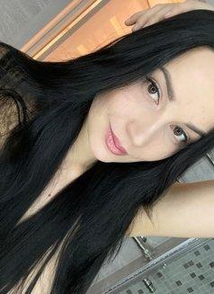 Kristina Hot - escort in Dubai Photo 2 of 7