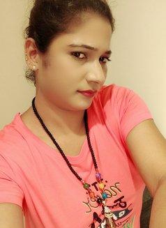 I am genuine independent girl - escort in Mumbai Photo 1 of 3