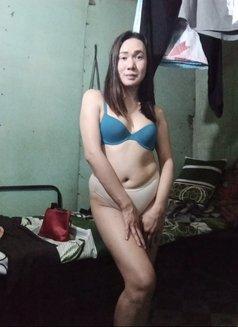 Ladyboy Pham - Transsexual companion in Manila Photo 1 of 7