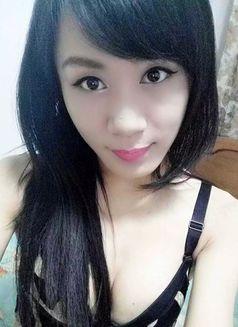 Ladyboy Sasa - Transsexual escort agency in Beijing Photo 2 of 30