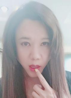 Ladyboylili - Transsexual escort in Beijing Photo 4 of 11