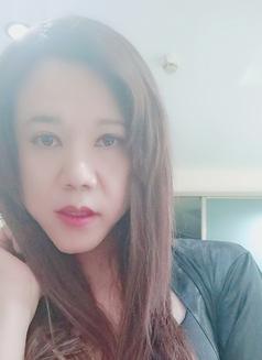 Ladyboylili - Transsexual escort in Beijing Photo 9 of 11