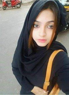 Karachi Model - escort in Lahore Photo 5 of 8