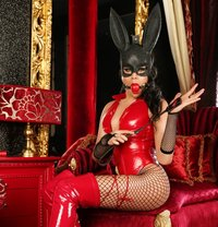 Absolute New SEXY LUXURY PASSION - Transsexual escort in Muscat Photo 1 of 11