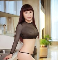 Lanxi - escort in Dubai Photo 1 of 6