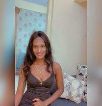 Varnie L - escort in Bangalore Photo 10 of 10