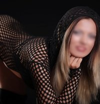 Larisa - escort in Bucharest