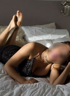 Escorts in Buenos Aires ♡ Lola hipster - masseuse in Berlin Photo 23 of 30