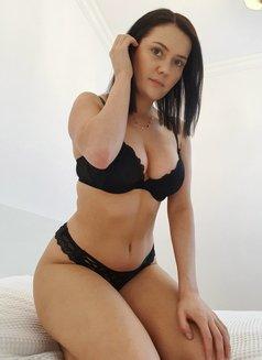 Erotic massage + GFE | Nicole Kaminski - escort in Warsaw Photo 3 of 16