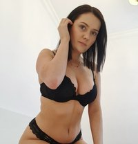 Erotic massage Warsaw - Nicole Kaminski - masseuse in Warsaw Photo 1 of 10