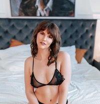 Leijla Foss - escort in London