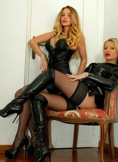 Lesbian Sister - escort in Rome Photo 9 of 30