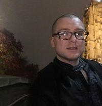 Lewis Smith - Male escort in Norwich