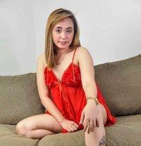 Lhein - masseuse in Makati City