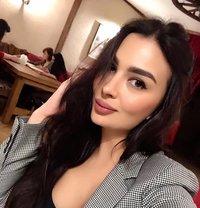Lily - escort in Dubai